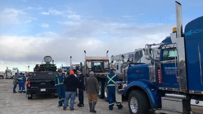 A pro-pipeline truck convoy at Nisku, Alberta