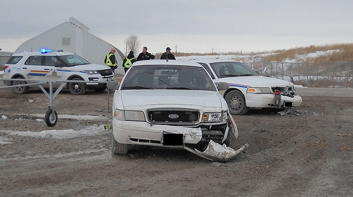 RCMP Headingley arrest man for ramming bylaw vehicles