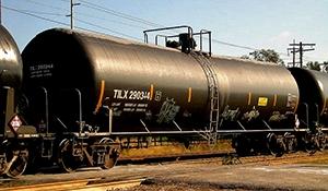 Oil by rail is soaring in Canada