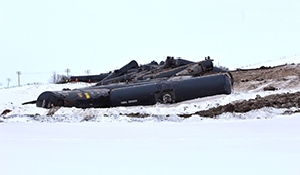 36 oil cars derail at St Lazare