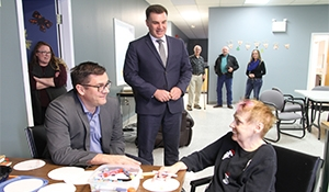 Social services minister visits Moosomin