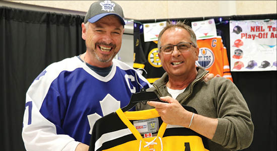 An NHL Jersey Auction was held on March 7 in Moosomin to raise money for the Pipestone Hills Golf Club's new clubhouse.